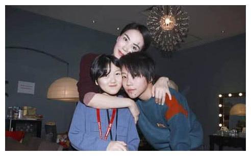12岁李嫣近照,曾因兔唇被吐槽丑,今美大到可以去当模特!