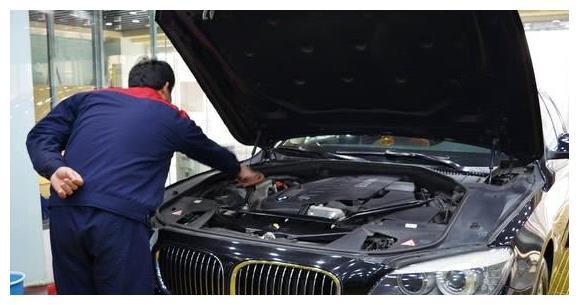 """保养汽车时,要学会""""拒绝""""4S店提出的这4项""""坑钱""""的项目!"""