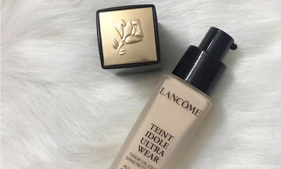 无暇妆效还防水防汗的粉底液你用过吗?
