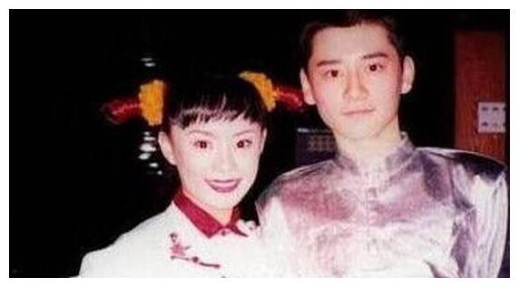"""沈梦辰晒钱枫""""丑""""照 疑为他""""征婚""""自称自己是""""中国好媒人"""""""