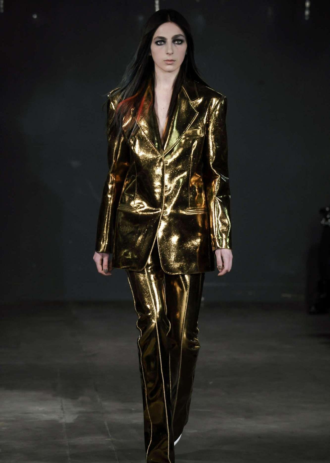 必备的时髦单品,更显潮流气质,轻松穿出秀场般的大牌感
