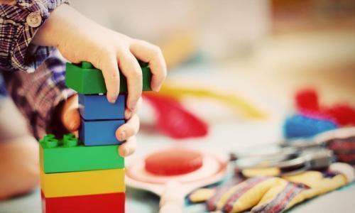 狼性法则:父母正确看待孩子的好奇心,这会让他未来充满无限可能