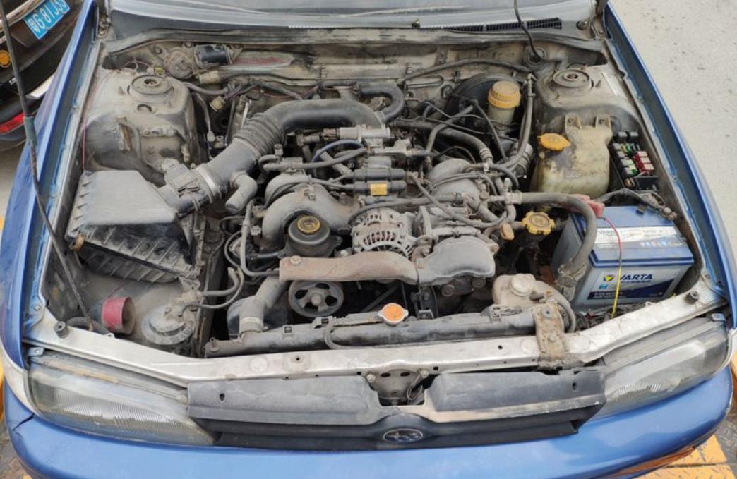 """修理厂拉回一辆""""末日丰田"""",每公里5升油,跑起来法拉利都怕"""