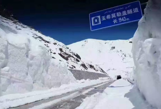 """携手""""硬汉""""哈弗H9,一同丈量""""中国最美""""独库公路"""