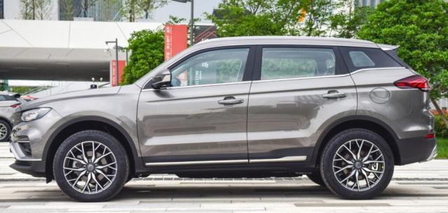 国六又一黑马SUV,自重1.7T,入门177匹+6AT