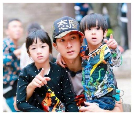 《公主小妹》吴尊张韶涵仍活跃外,有人退出演艺圈开始卖衣服