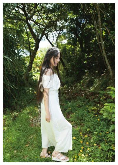 神奇 54岁的日本女星双马尾出镜 完全呈现出少女状态