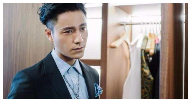 陈坤现身米兰时装周,这气质和颜值, 简直帅哭
