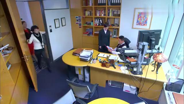 金牌律师:陈总找到贝老,希望他能让苏东故意输掉这件官司!