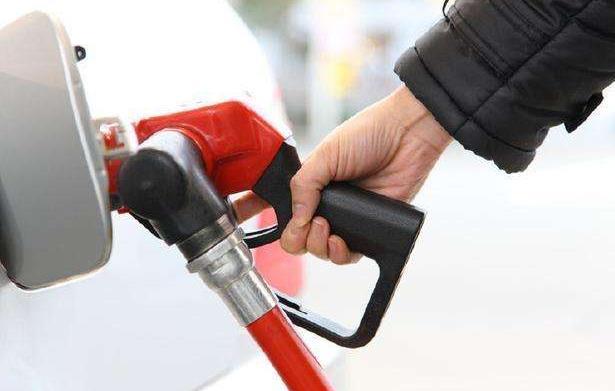 中石油和中石化谁更耐烧?老司机都懂,差了一个银河系!