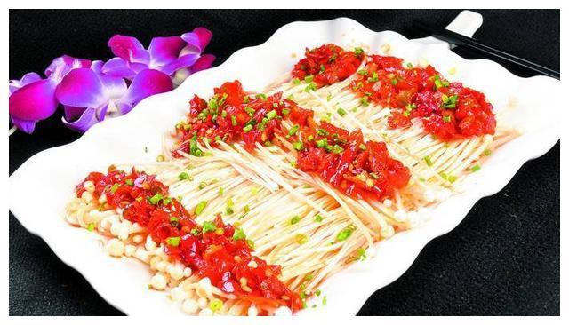 金针菇不要涮火锅了,如此新吃法,降低胆固醇,皮肤更加细腻光滑
