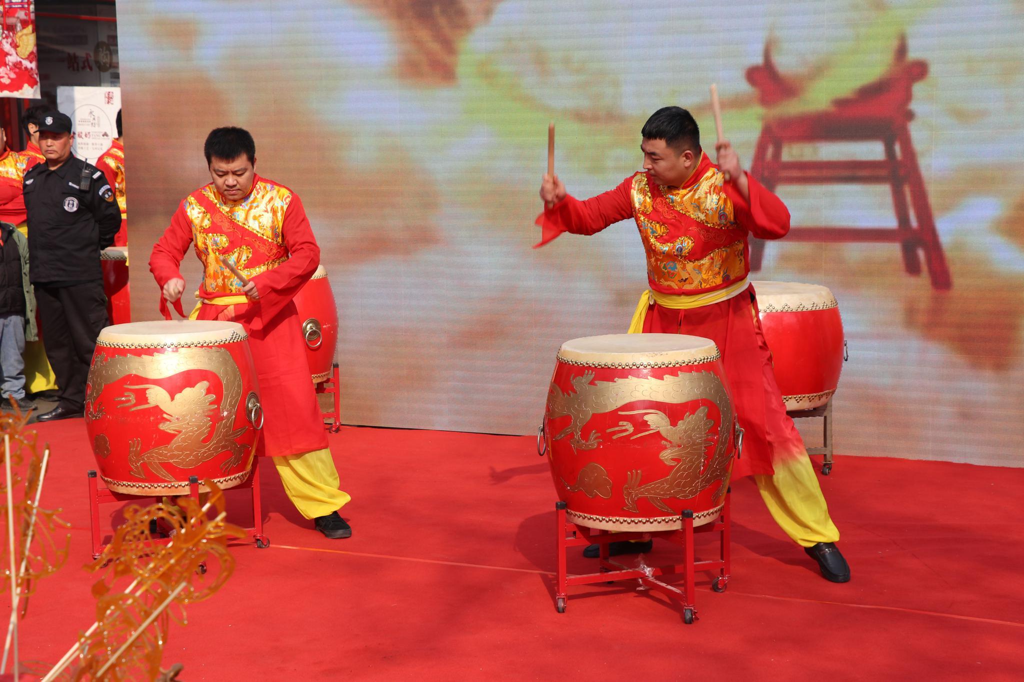 赏民俗·品非遗  鼓乐盛世中国年