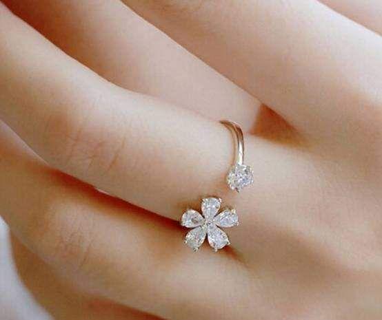 心理测试:选择喜欢的戒指,测出你的心理压力的来源!