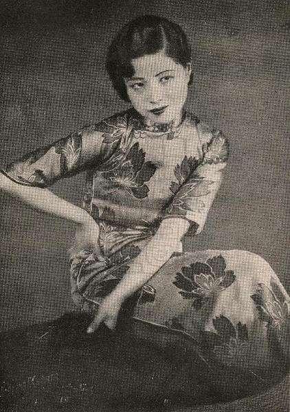 老照片:图1邵逸夫的大嫂,图3锦江饭店创始人,图5混血美女上校