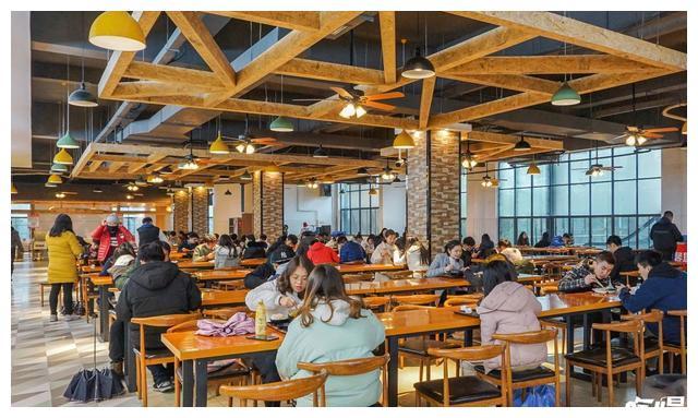 湖南涉外经济学院一般什么时候出期末考试通知