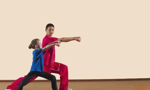 武术是中国特有的传统文化,分为很多种类