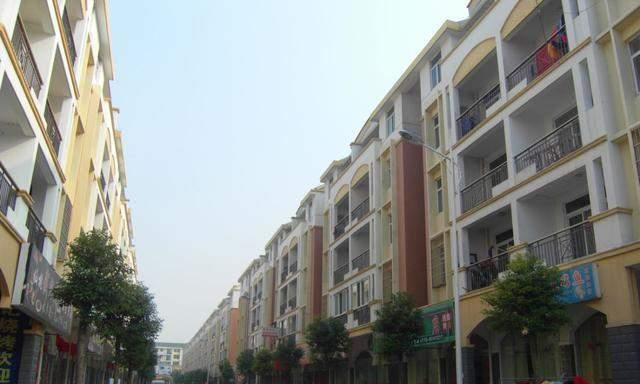 """湖北省""""最有钱""""的2个土豪村"""