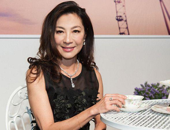 56岁的杨紫琼 沧桑了许多,网友:松弛的皮肤是不会骗人的!