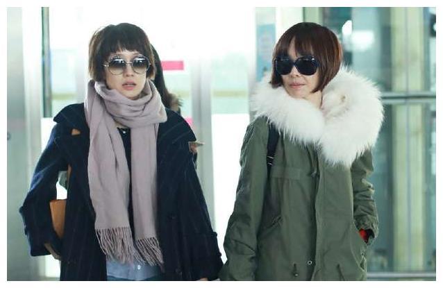 马伊琍机场偶遇陈鲁豫,两个人装扮像姐妹,网友:两个大头娃娃!