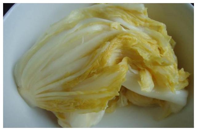 酸菜自己做,比韩国泡菜还好吃,纯天然食材,美味又健康