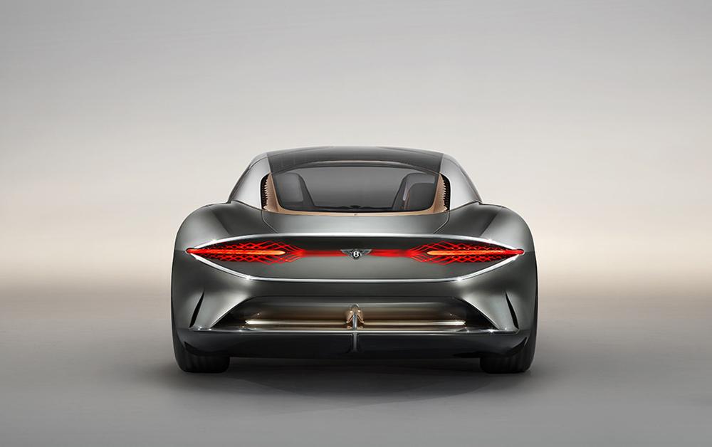 宾利成立百年之际发布EXP 100 GT概念车,展示未来豪华出行