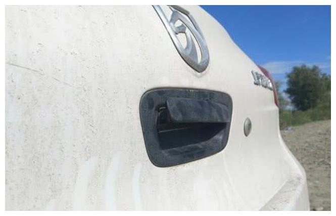 质量最次的家轿:车薄如纸,提车3天就趴窝,这也是销量王?