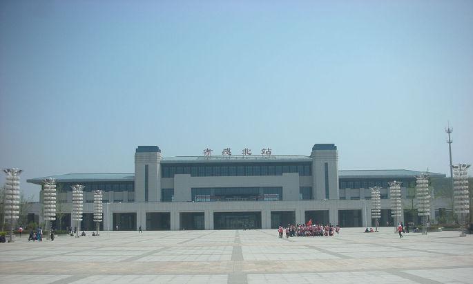 """湖北省""""最奇葩""""的火车站, 距离市区足足100公里"""