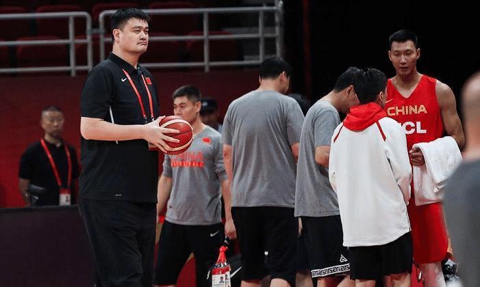 波兰篮协点评中国男篮,2大数据全输还能赢球?更看出中国队2优势