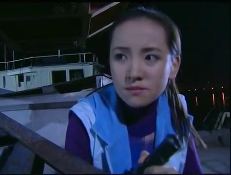 插翅难逃:悍匪杨吉光居然被女子开枪打的不知死活,真惨啊