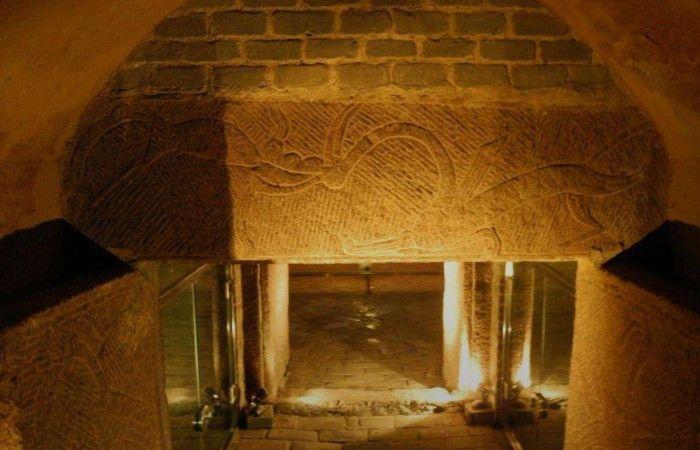 在安吉古墓出土的几件文物,专家:这都是国宝呀