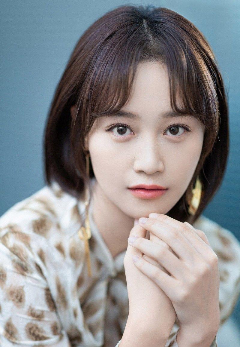 蓝盈莹,1990年4月出生,代表作品有《甄嬛传》、《外科风云》