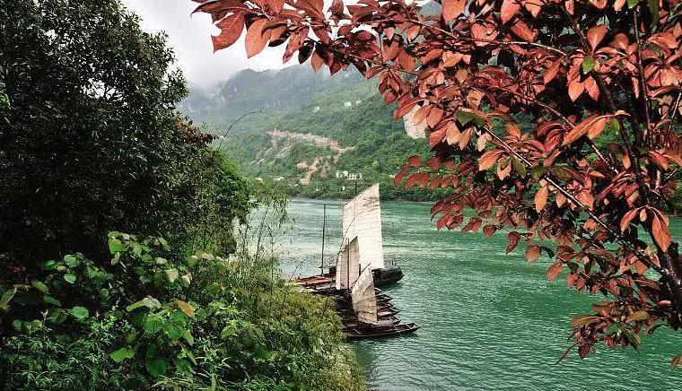 宜昌三峡人家风景,绿水青山仿古人家,三峡特色风情如画