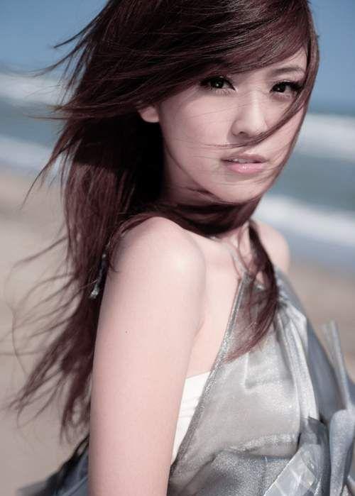 卓文萱:洋溢着青春甜美的味道,可爱极了!