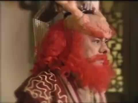 龙王上天告孙悟空的刁状,玉帝好了伤疤忘了疼,派人调查