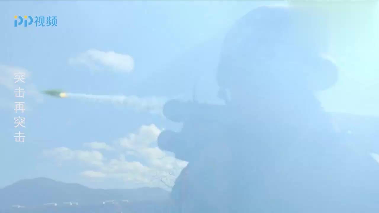 无人机就要坠毁小伙认为完了谁料被新兵蛋子一个操作轻松挽救