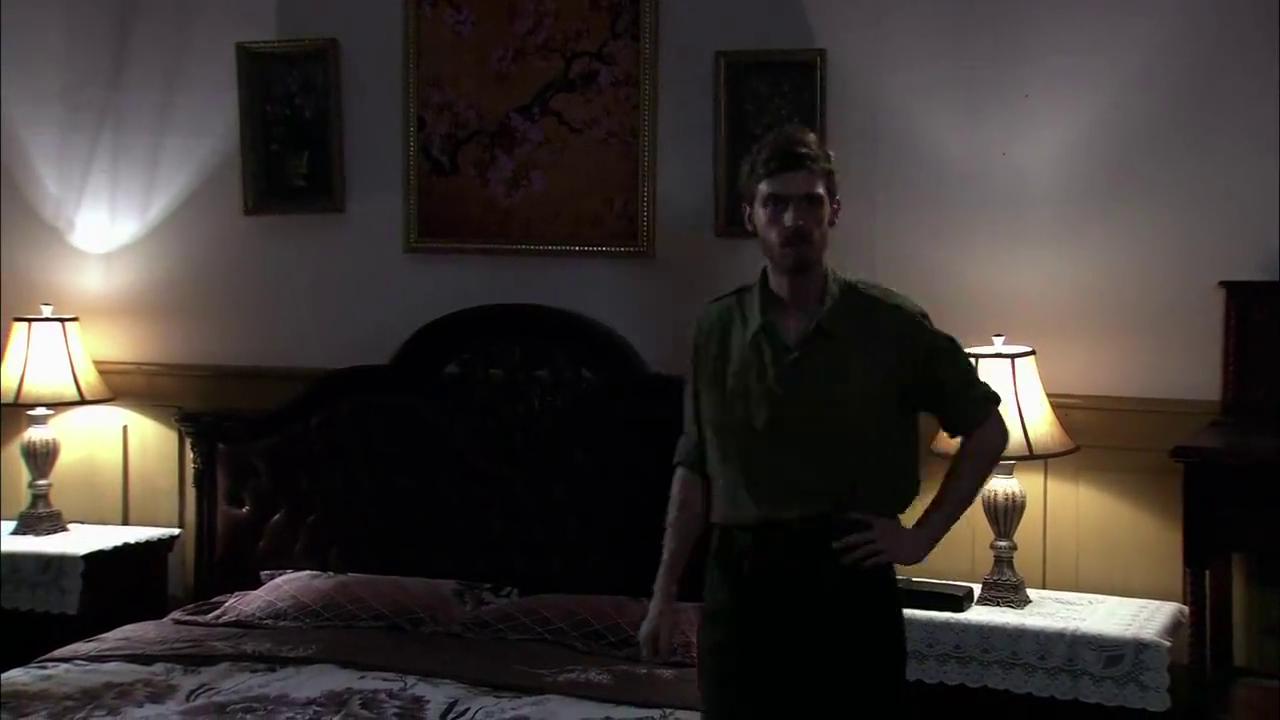 男子深夜焦虑未眠,美女荒郊野岭四处勘探,背后有何隐情?