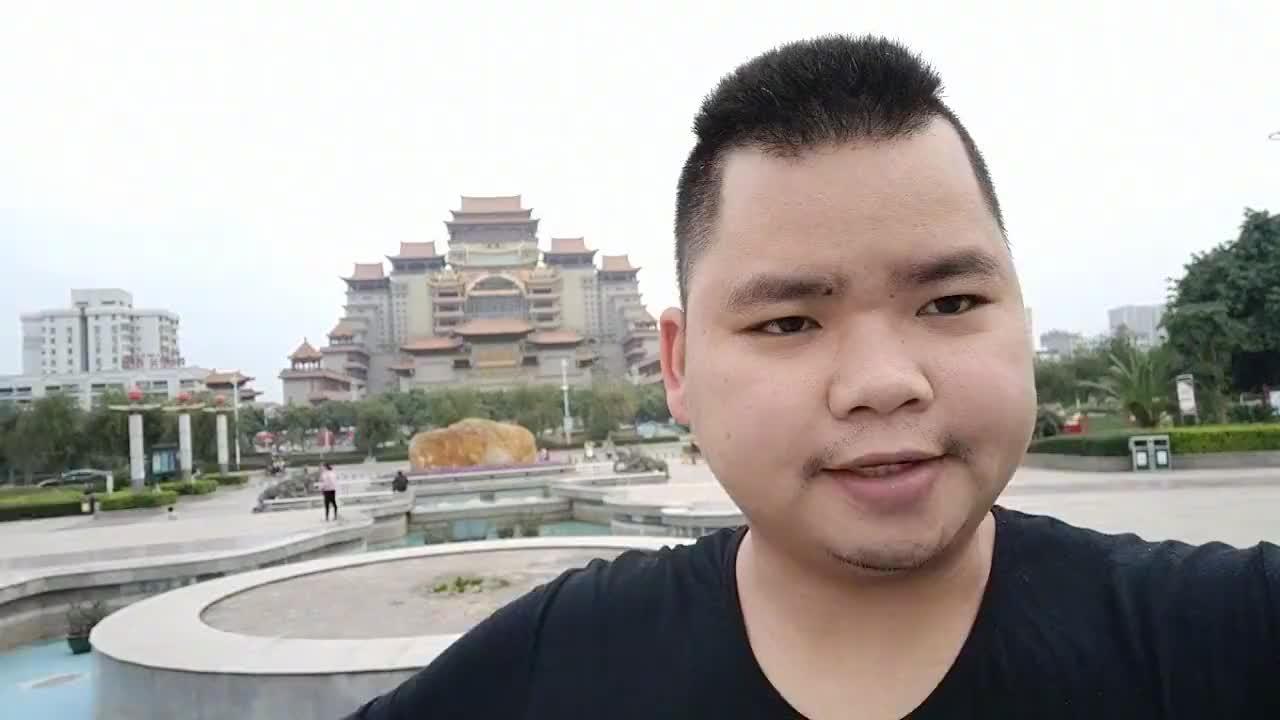 广西玉林云天宫小版的布达拉宫