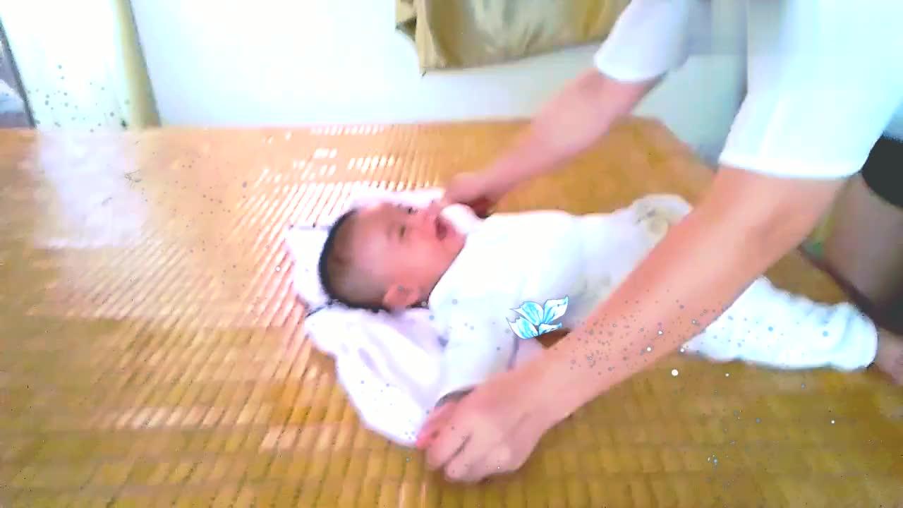 四个月的宝宝从不肠绞痛肠胀气,全靠它。家有一宝不容错过!
