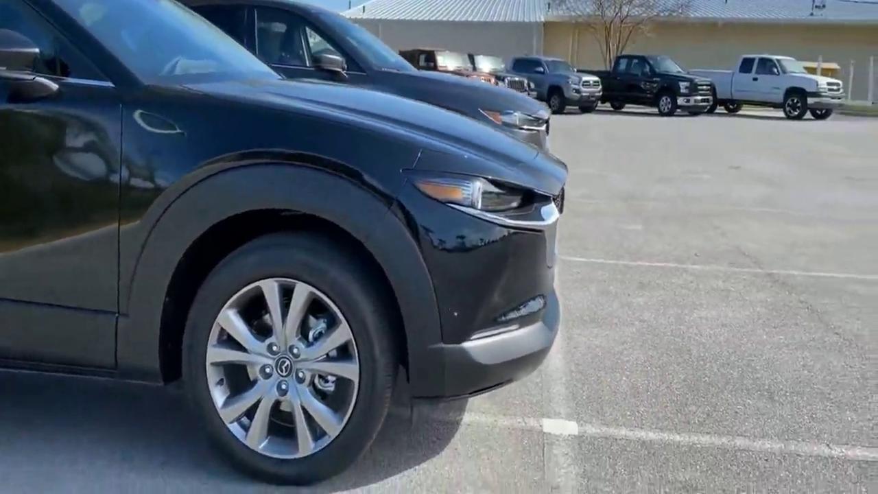 视频:当马自达CX-30与马自达CX-5停在一起看看谁的颜值高