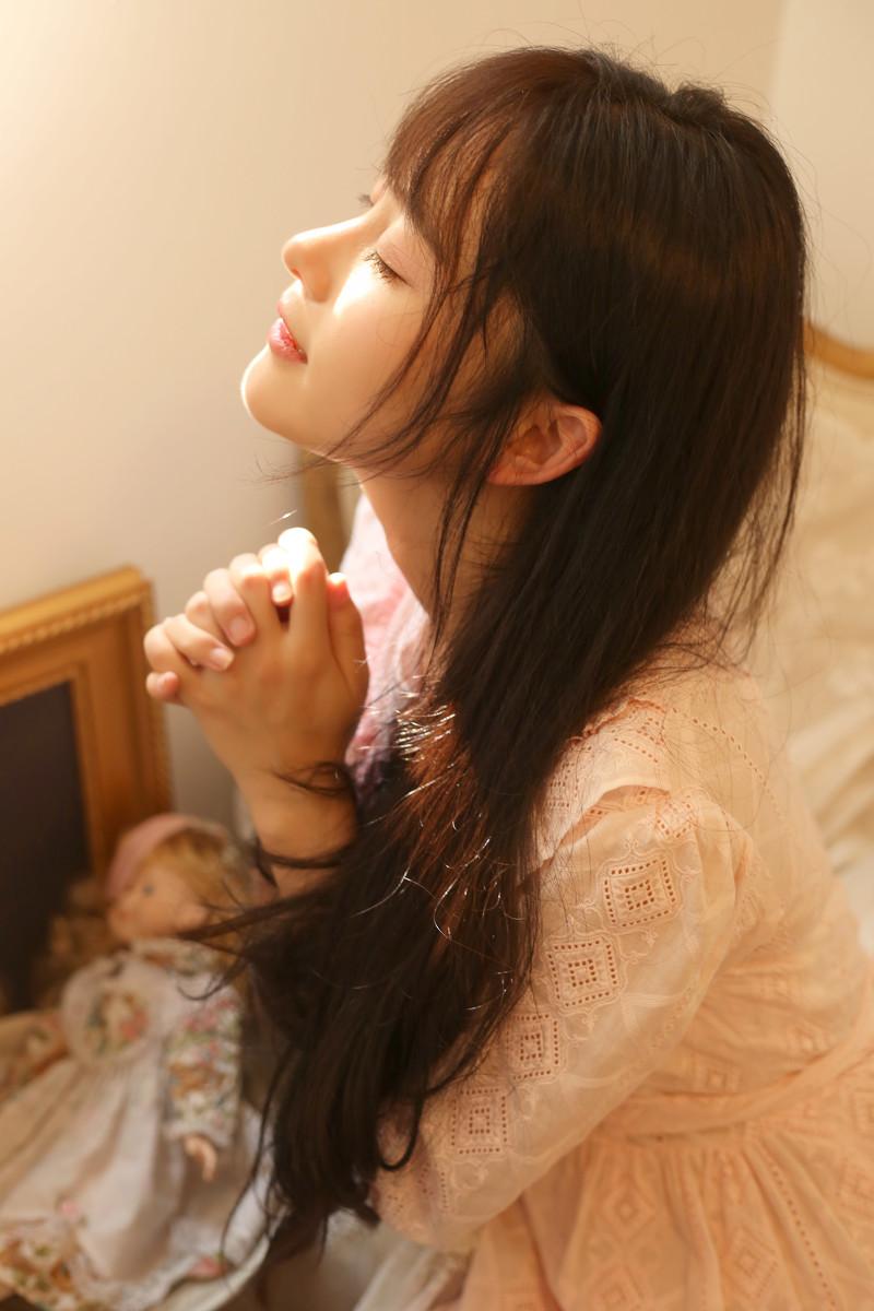 摄影分享:酷似赵韩樱子的大眼刘海美女