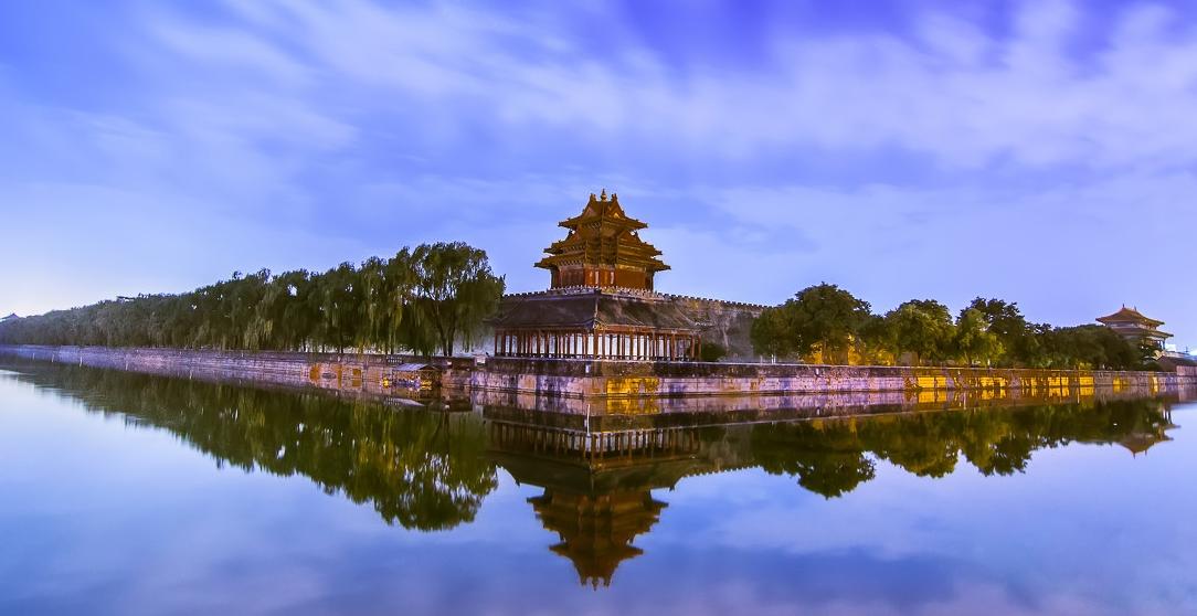 越南人到中国旅游,见到景区一行字,为什么马上就掉头?图片