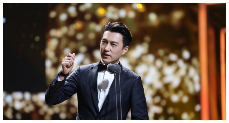 《我的前半生》靳东白玉兰奖未提名,你说这男主角到底冤不冤!