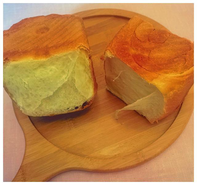 牛奶吐司面包,松软拉丝,特别好吃
