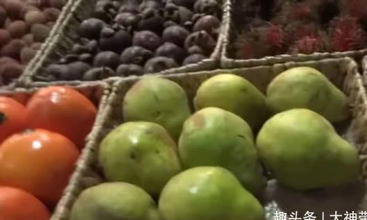农村有种水果跟柿子相似,烂掉了才有人吃,现在却很稀少