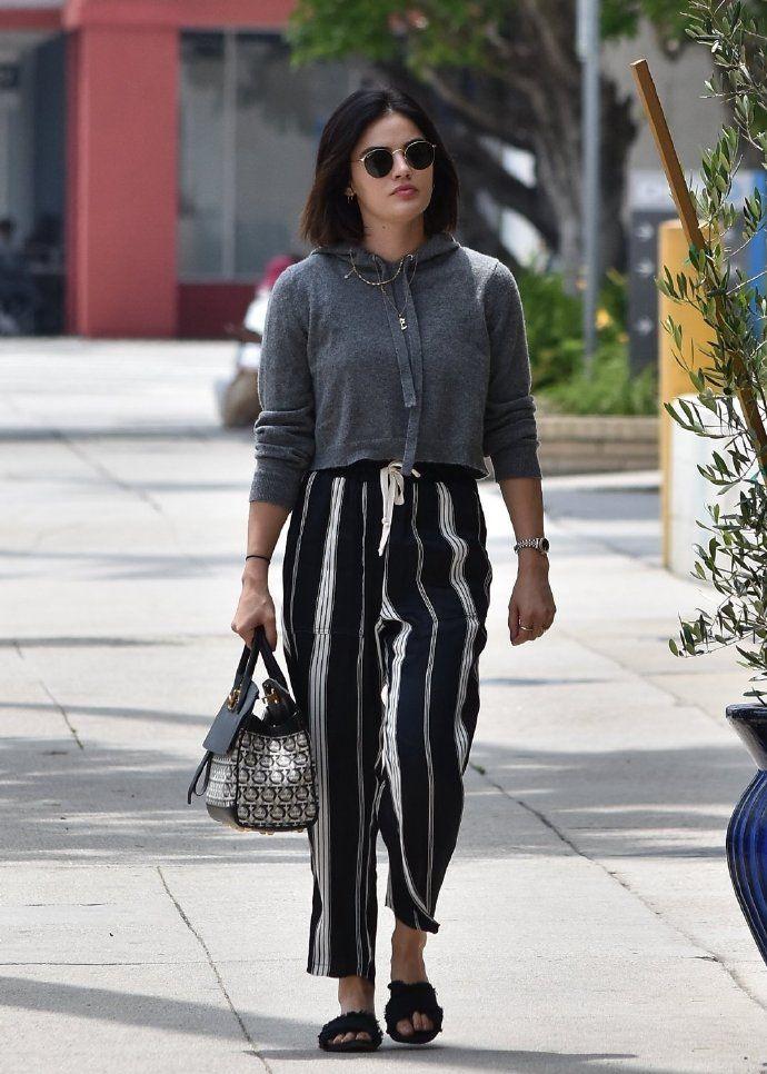 《美少女的谎言》Lucy Hale 洛杉矶出街,小个子的衣架