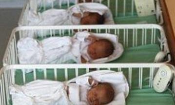 33岁高龄孕妇产下六胞胎,看到性别,老公当场懵了!