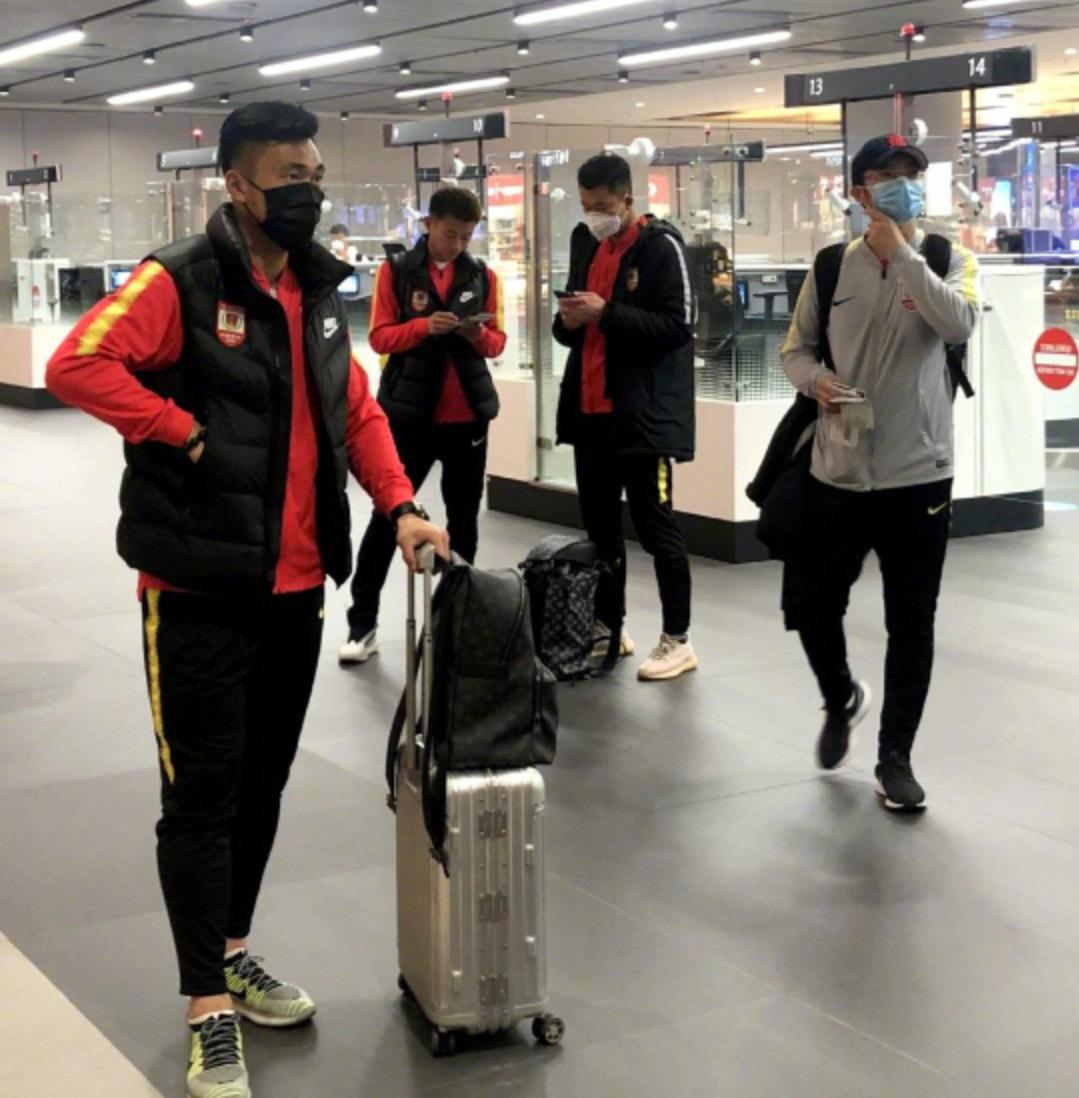 长春亚泰将士飞抵土耳其安塔利亚,球队正式开始第三阶段海外拉练