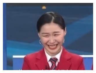 """2020年春晚上,让人""""笑抽""""的金靖,居然毕业于上海政法学院"""