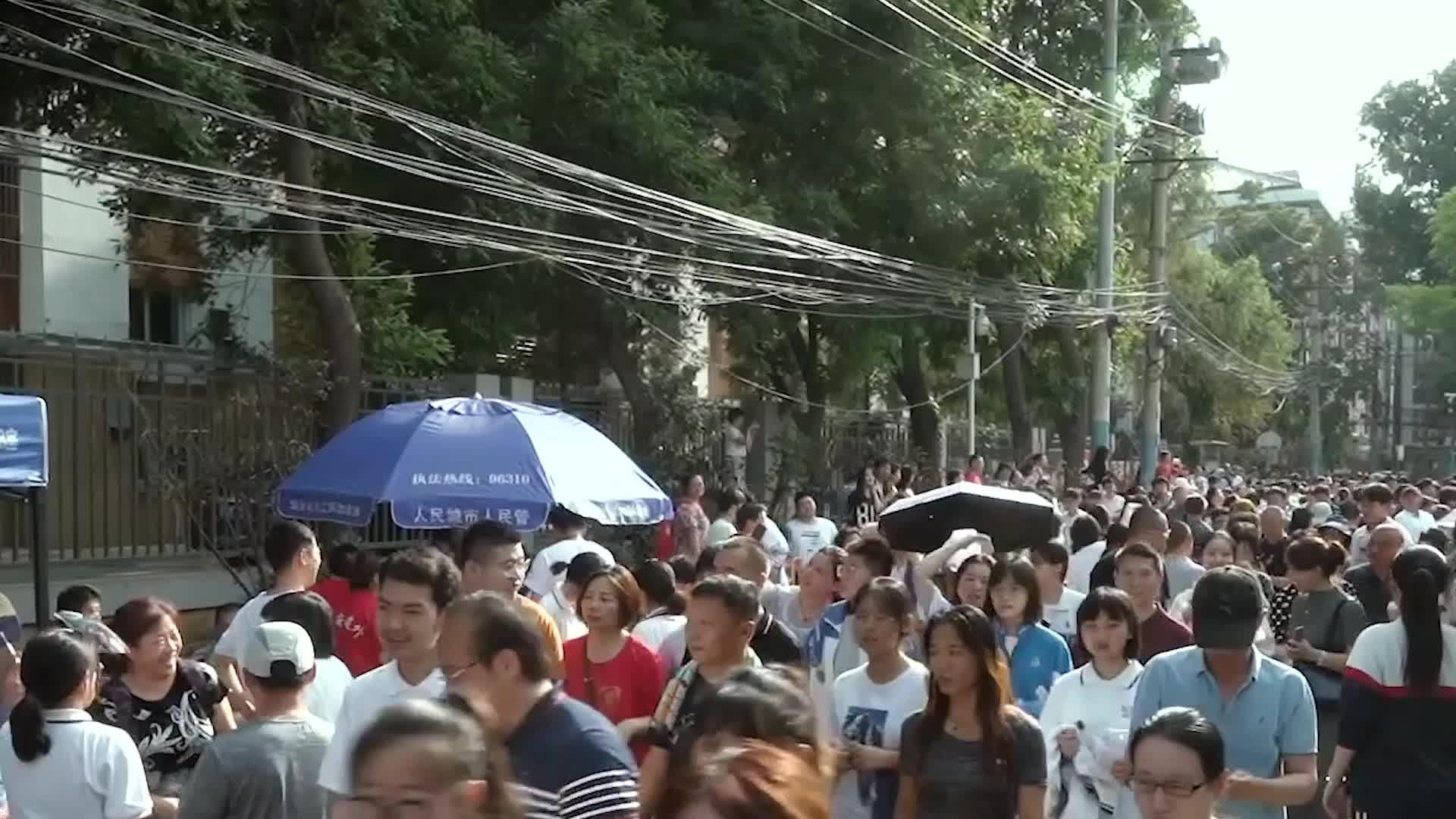 中国浙江女学霸高考719分,直接拒绝清华邀请,霸气回复5个字