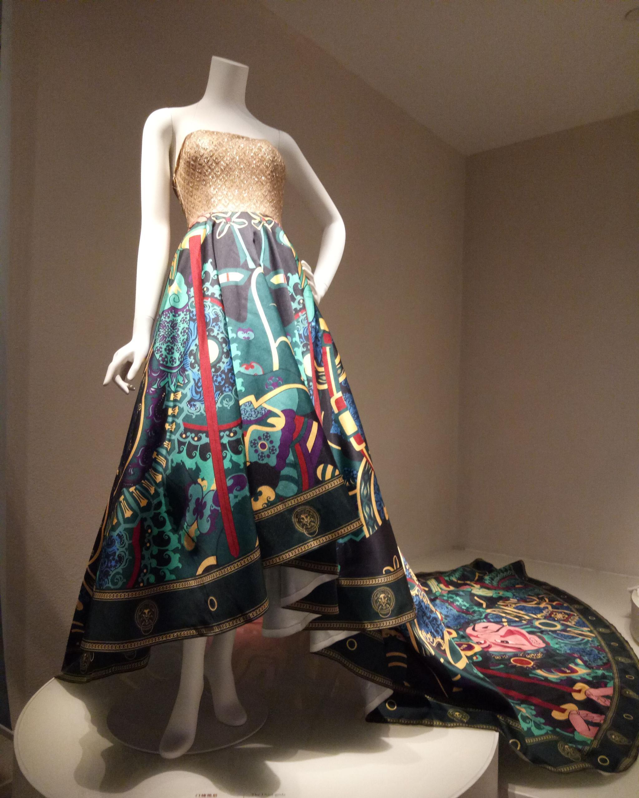 灵魂出窍的盛宴!丝绸博物馆设计师大展